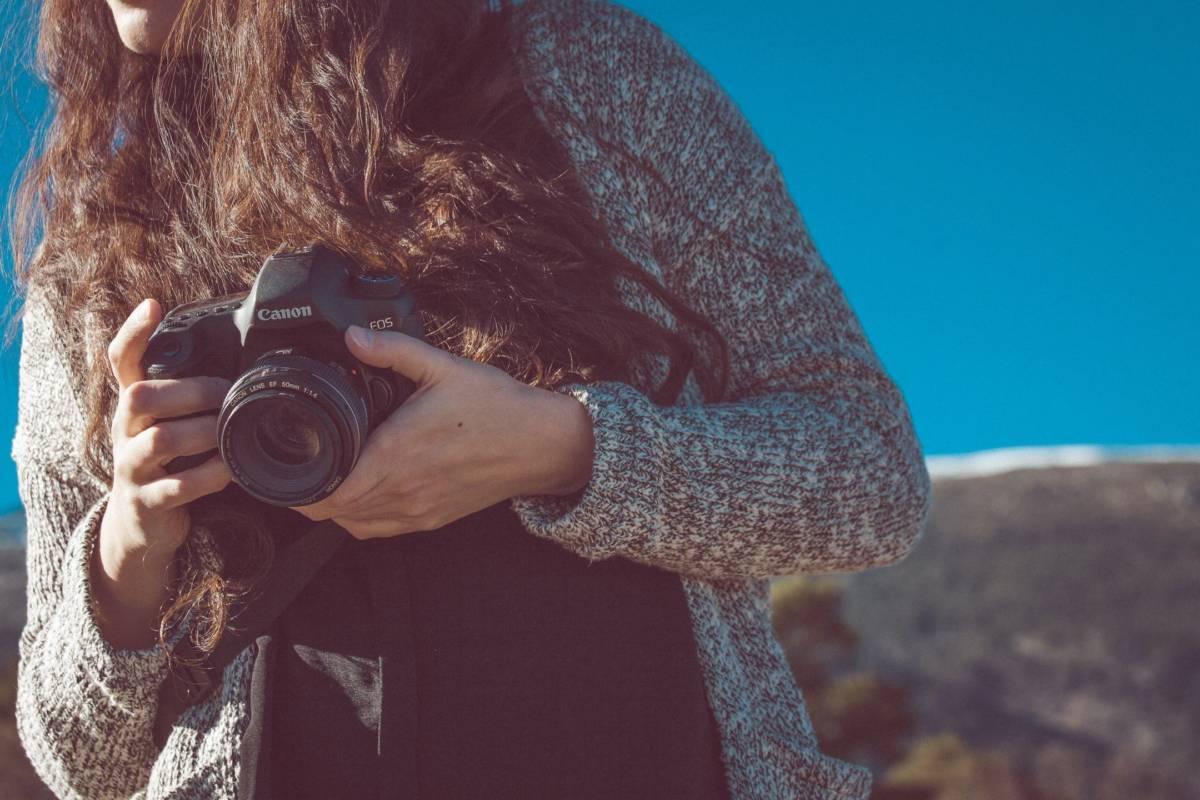 photography, holding camera